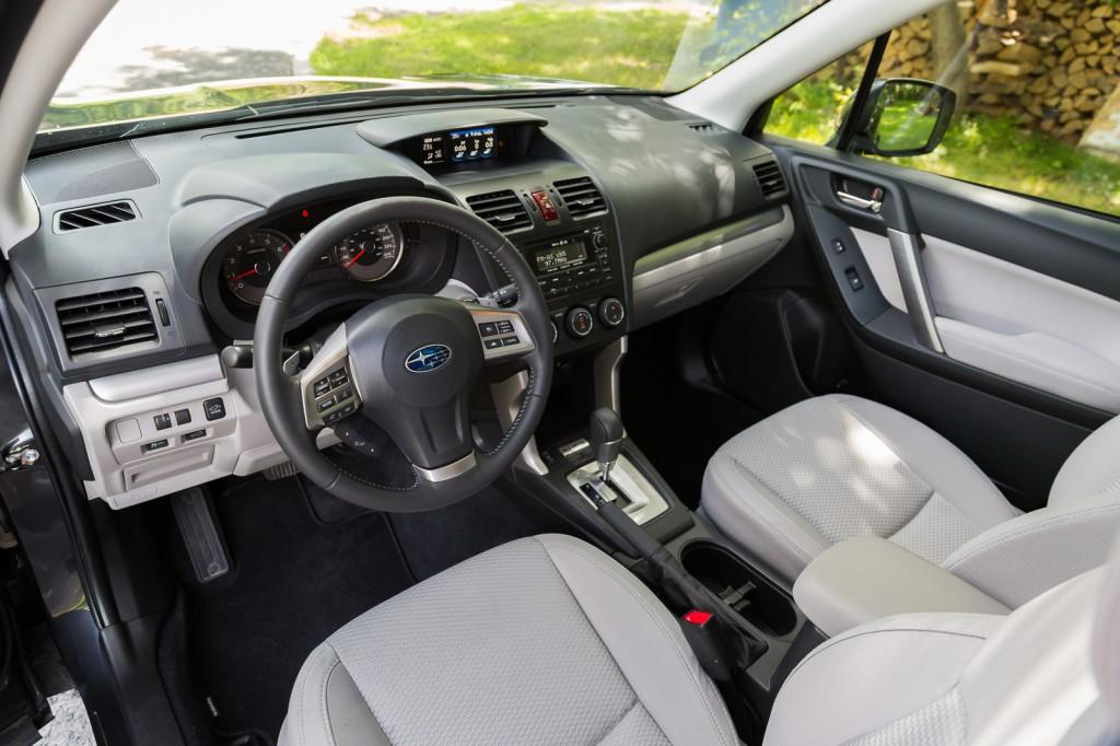 2015 Subaru Forester cockpit view