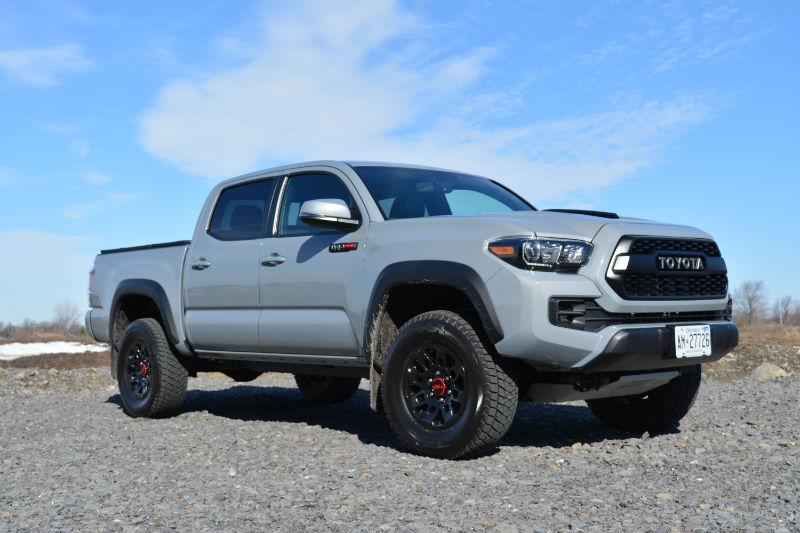 Quick Car Review 2017 Toyota Tacoma Trd Pro