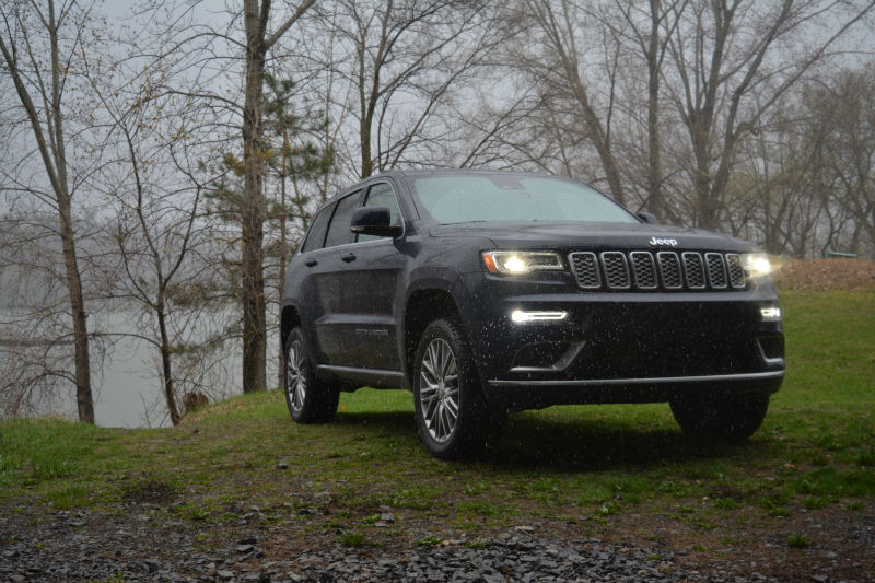 The Jeep Grand Cherokee, The Current WK2 Generation, Was First Introduced  For The 2011 Model Year.
